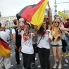 Berlin welcomes back World Cup champions